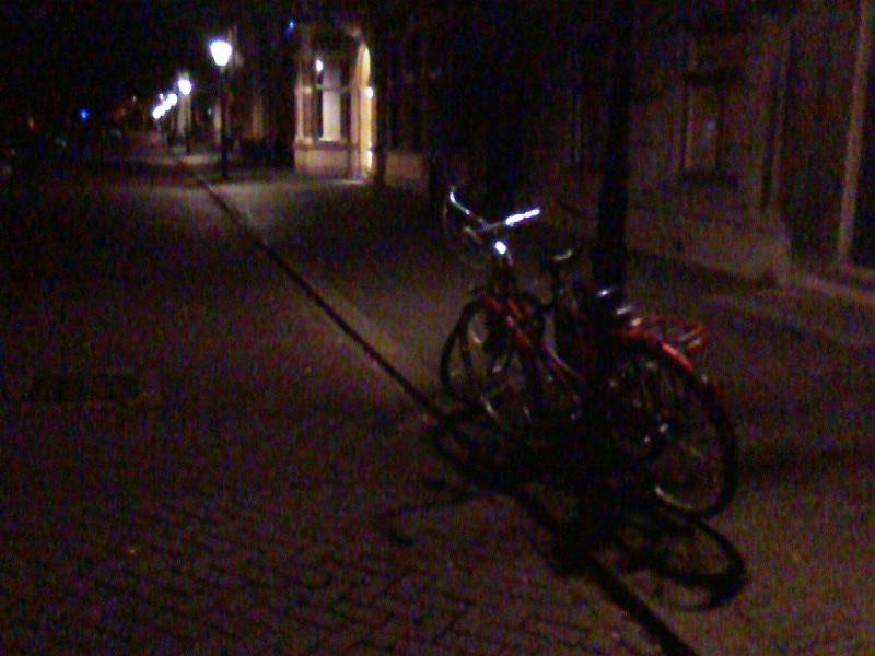 M'n fiets, diens stalker en ik blijven tot het einde.
