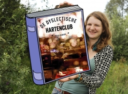 Leesvoer voor op je lijst: De Dyslectische Hartenclub