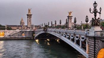 Ola's reis naar Parijs