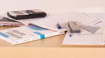 HEMA waarschuwt eindexamenkandidaten voor geodriehoek met drukfout