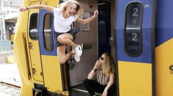 Voor alle trein-haters: een ode aan het gele gevaarte