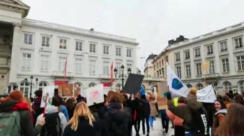 35.000 scholieren spijbelen in België voor het klimaat: 'Er moet echt iets gebeuren'