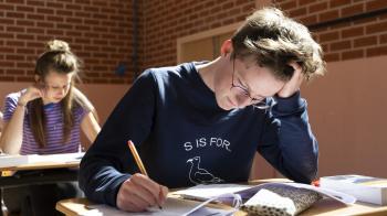 Vwo-examen Latijn niet te moeilijk, wel te lang