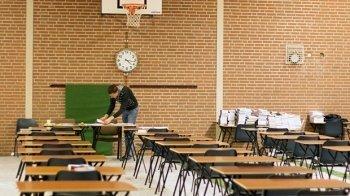 Hoe zijn de examens voor docenten?