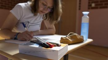 Woordenboek beste vriend bij vwo-examen Frans
