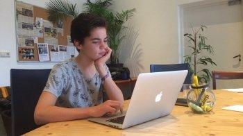 Jonge ondernemers: eigen telecombedrijf
