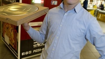 Jordi (18) maakte een pizza-automaat