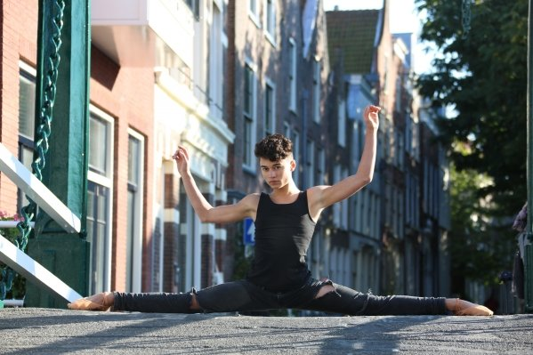 Jillis (16) mag naar dé dansopleiding in New York
