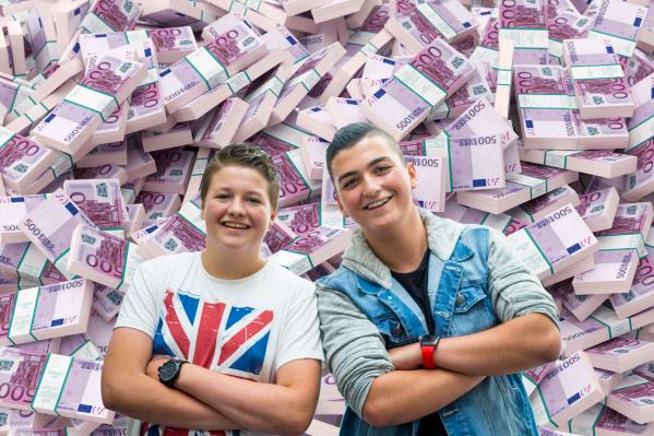 'Helft jongeren wordt volledig gesponsord door ouders'