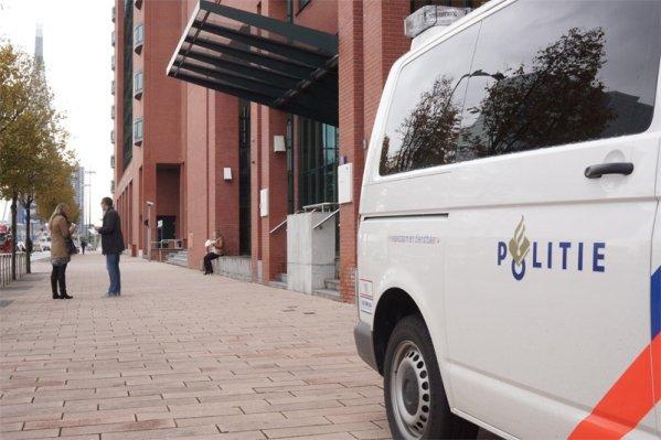 Scholieren aangehouden na examenstunt Amsterdam